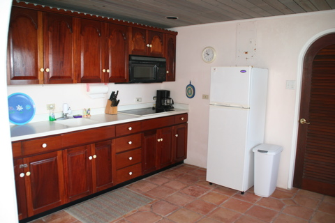 complete kitchen at applesurf villas located on the atlantic ocean in apple bay tortola, bvi